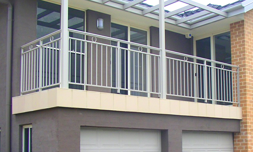 Aluminium Railings 68