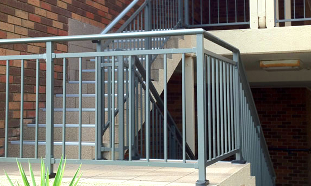 Aluminium Railings 45