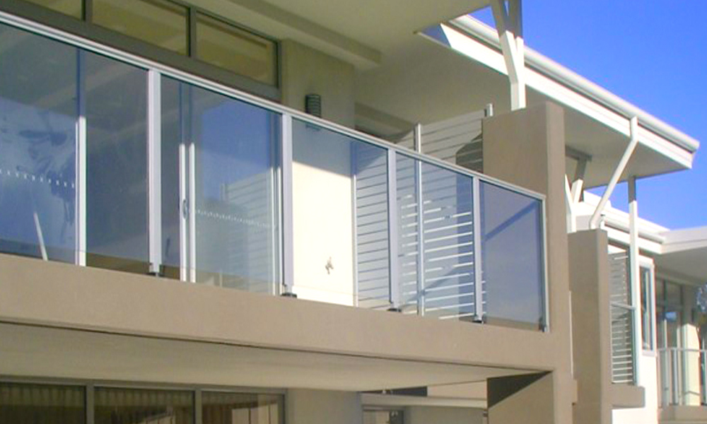 Glass Railings 44