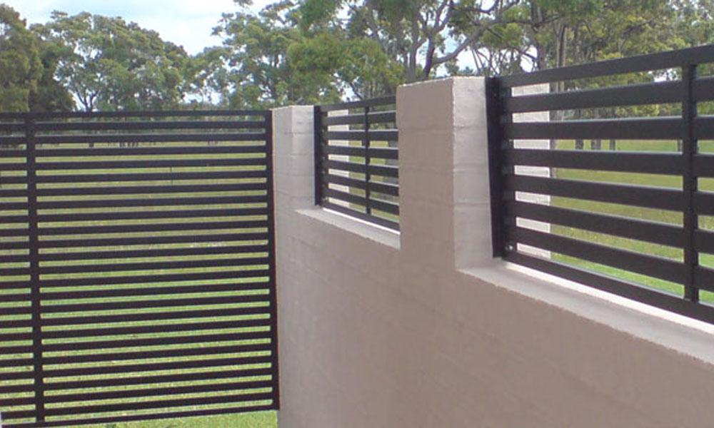 Back Yard Fencing 12