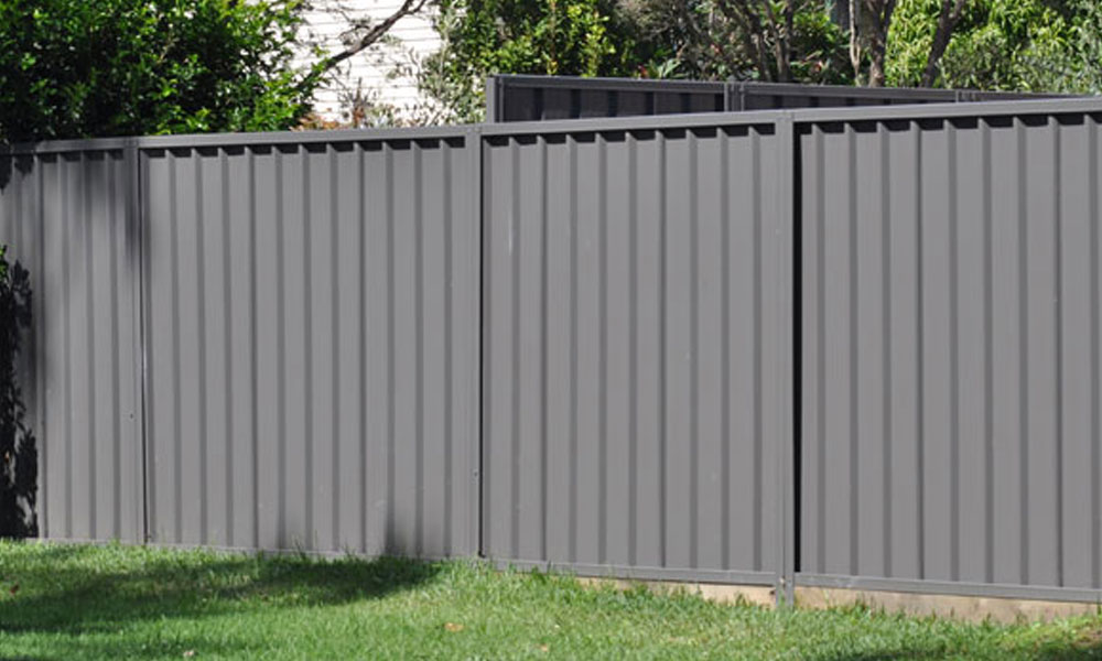 Back Yard Fencing 1