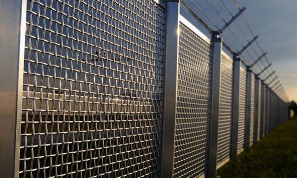 Chainmesh Fencing 9