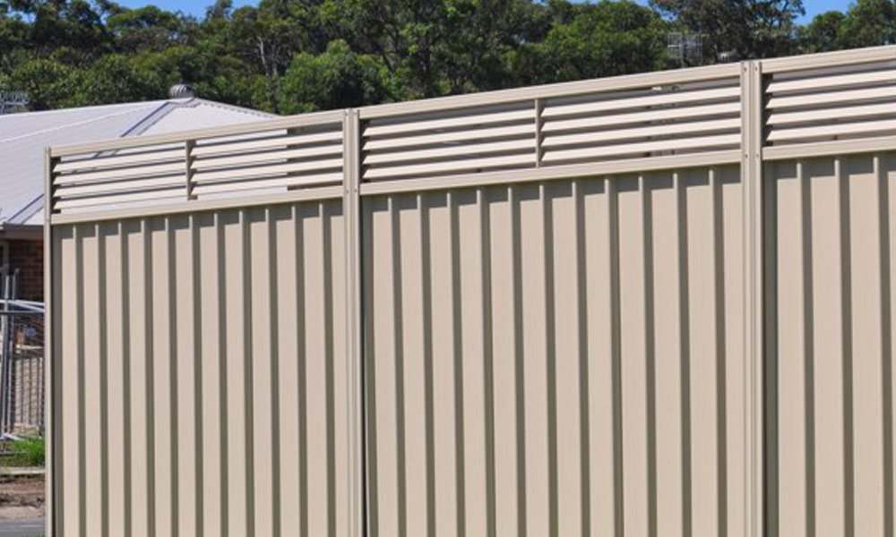 Corrugated Fencing 5