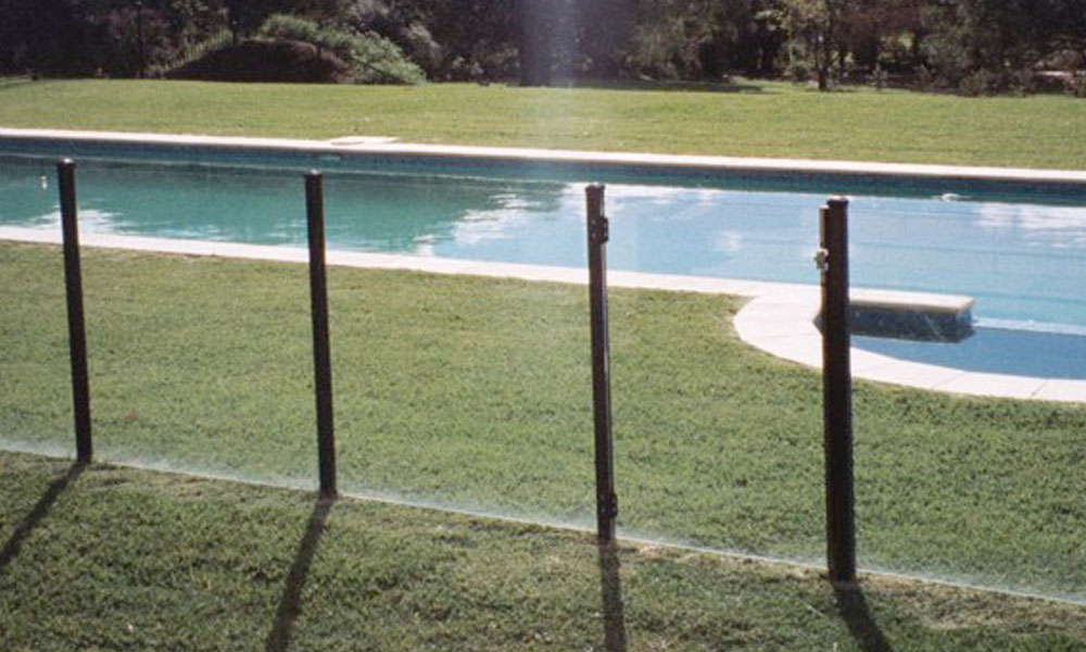 Frameless Glass Fencing 1