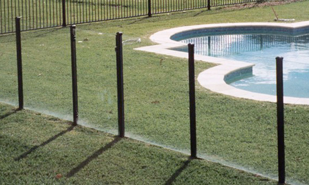 Frameless Glass Fencing 2
