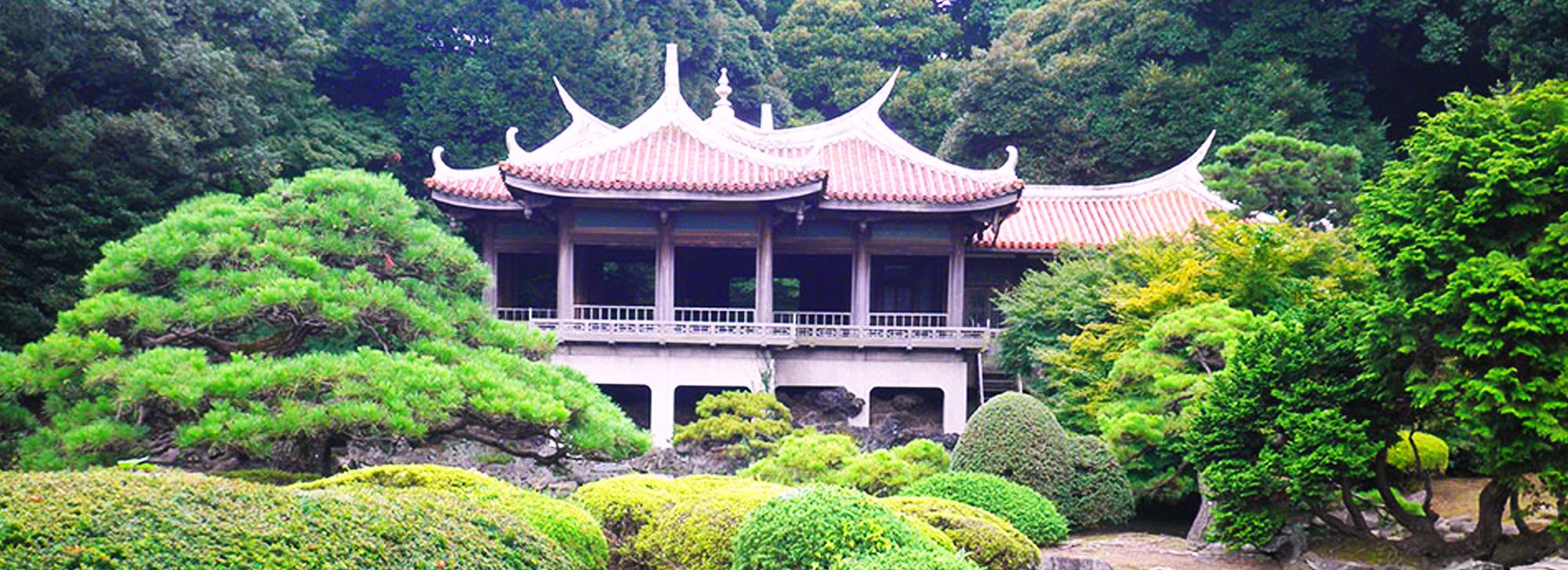 Oriental, Japanese and Zen Gardens